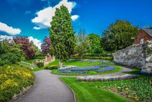 Fitness Training in Guildford Castle Garden